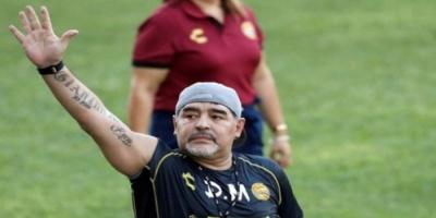 مارادونا يخوض تجربة جديدة في الأرجنتين من بوابة خيمناسيا