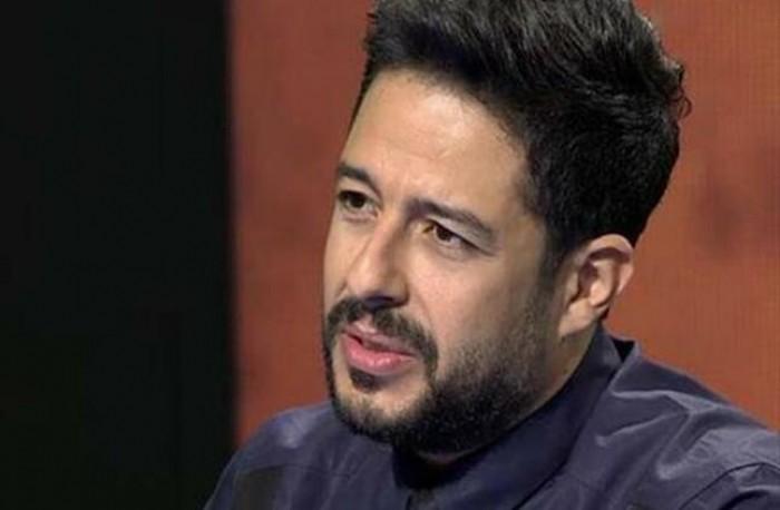 بهذه الكلمات.. محمد حماقي ينعي والد الشاعر تامر حسين