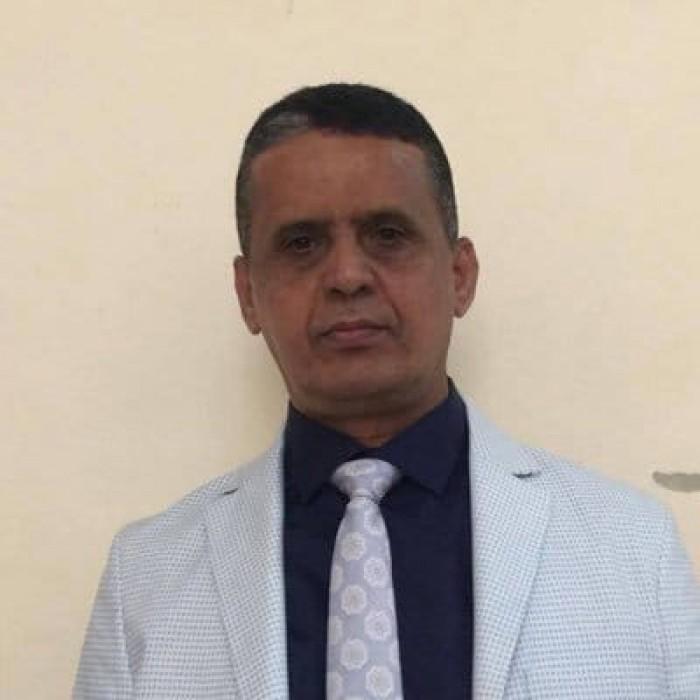 النسي يوجه انتقادا لاذعا إلى حكومة الشرعية في اليمن