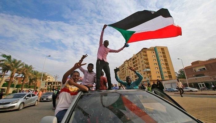السودان يرحب بقرار الاتحاد الأفريقي الخاص برفع الحظر