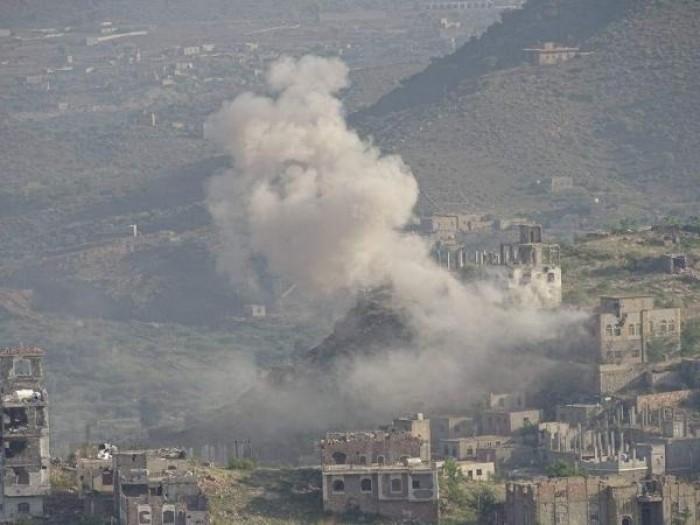 إصابة امرأتين بقصف حوثي على منازل المواطنين في تعز