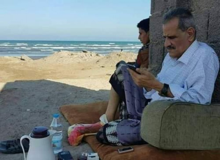 عبدالله لملس.. حينما يصل فشل الشرعية إلى أبجديات اللغة