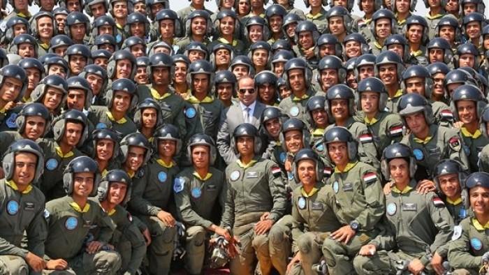 """هاشتاج """"كلنا الجيش والسيسي"""" يتصدر ترندات مصر (صور)"""