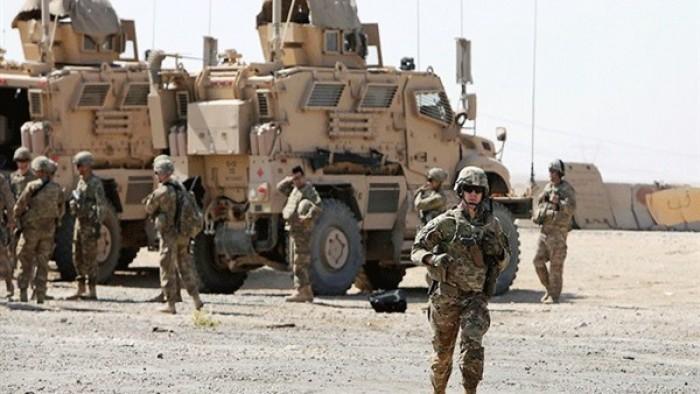 قوات عسكرية أمريكية تُغلق الطريق الرابط بين الموصل ونينوي بالعراق