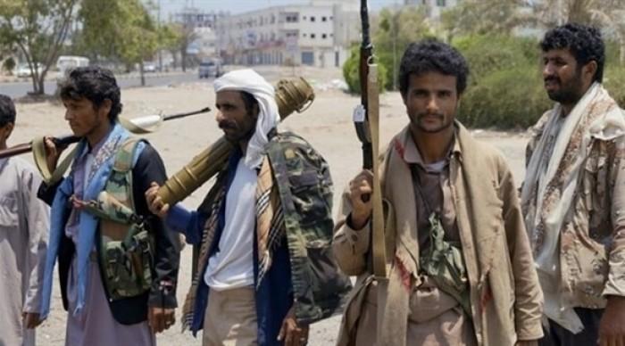 مليشيا الحوثي تعدم معلماً أمام بناته في البيضاء