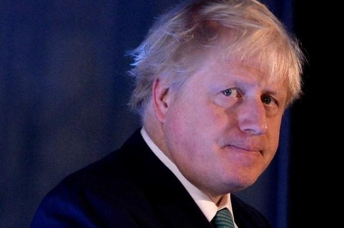 لهذا السبب.. قانونيون بريطانيون يحذّرون جونسون من عقوبة السجن