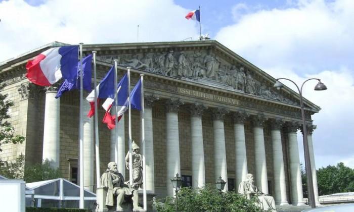 فرنسا: قنوات الحوار لا تزال مفتوحة بشأن الاتفاق النووي الإيراني