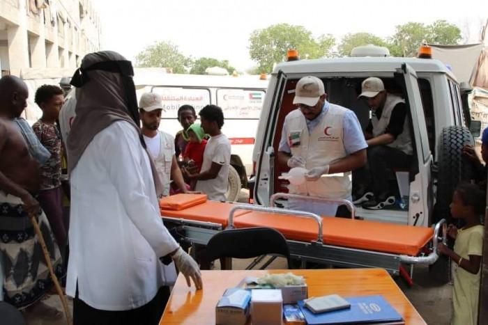 الهلال الإماراتي يطلق حملة لعلاج النازحين بعدن ولحج وأبين (صور)