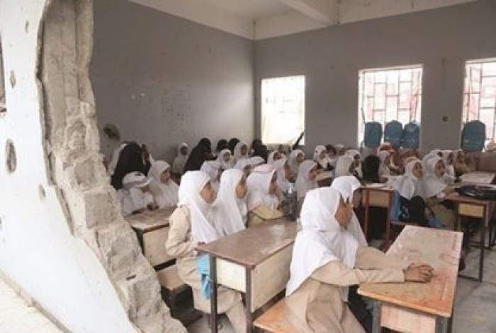 التعليم في زمن الحوثي.. قصف عقول وتدمير مستقبل