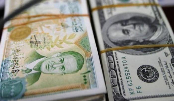 العملة السورية تسجل تدنيا غير مسبوق في السوق السوداء