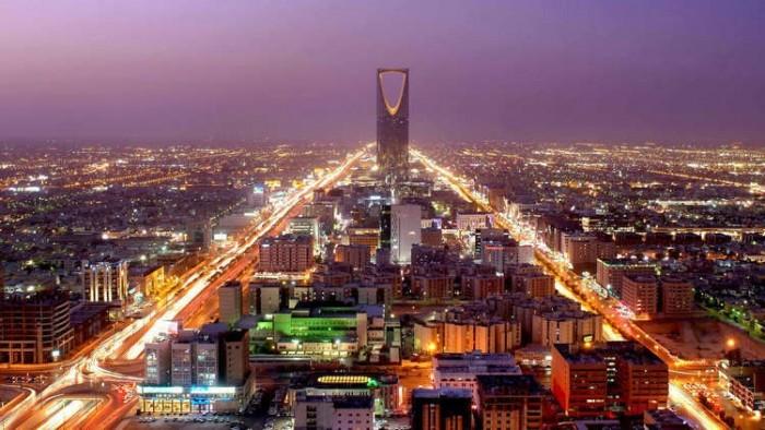 المملكة تتجه لإدخال تعديلات جديدة على نظام التأشيرات لتحسين قطاع السياحة