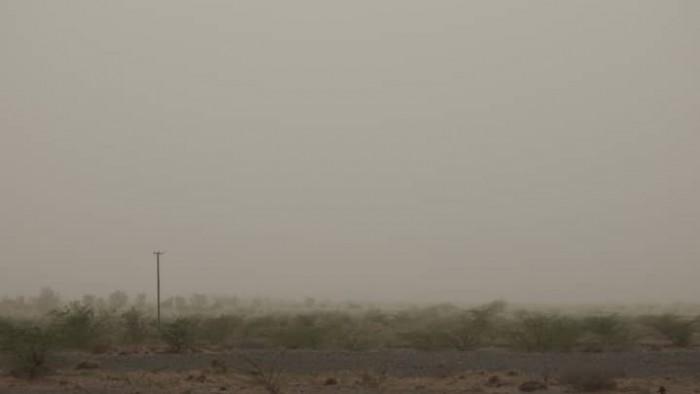 قصف حوثي مدفعي على مدينة حيس بالحديدة