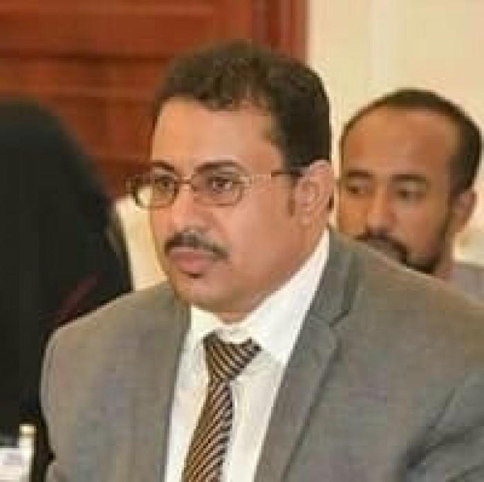 الشعيبي يوجه تساؤلا هاما إلى الإصلاح وعلي محسن الأحمر
