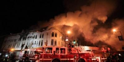 اندلاع حريق ضخم بمعبد يهودي في أمريكا