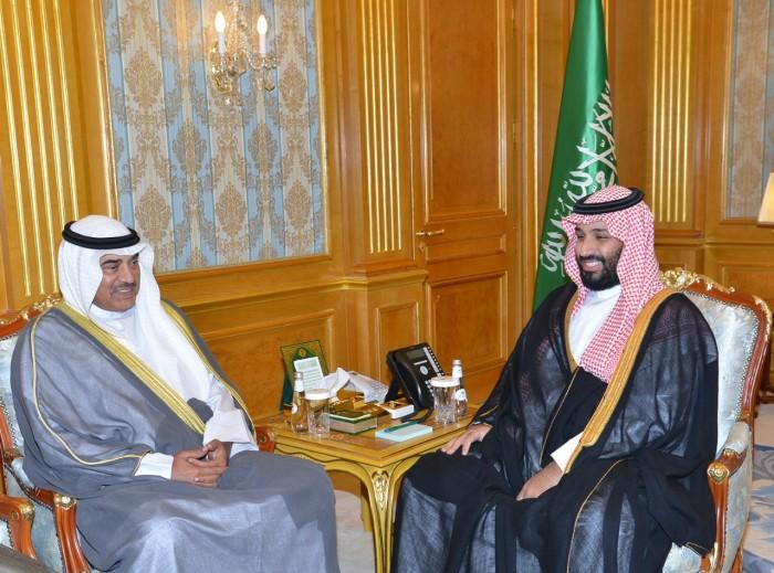 ولي العهد السعودي يبحث مع وزير الخارجية الكويتي العلاقات المشتركة
