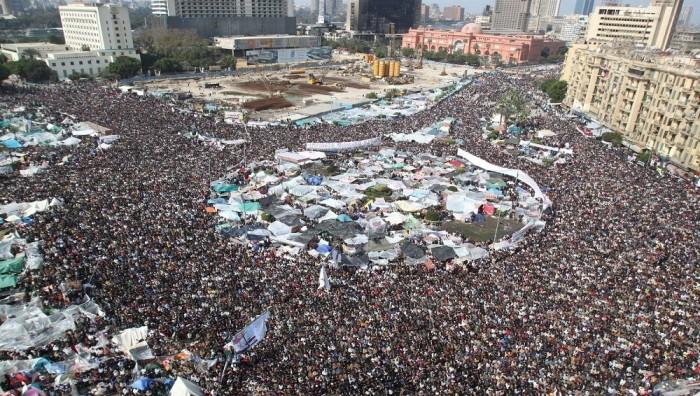 """هاشتاج """"عصابة يناير ظهرت تاني"""" يتصدر ترندات مصر"""
