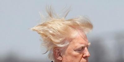 """ترامب مازحًا: """"شعري أفضل كثيرًا من شعر أقراني"""