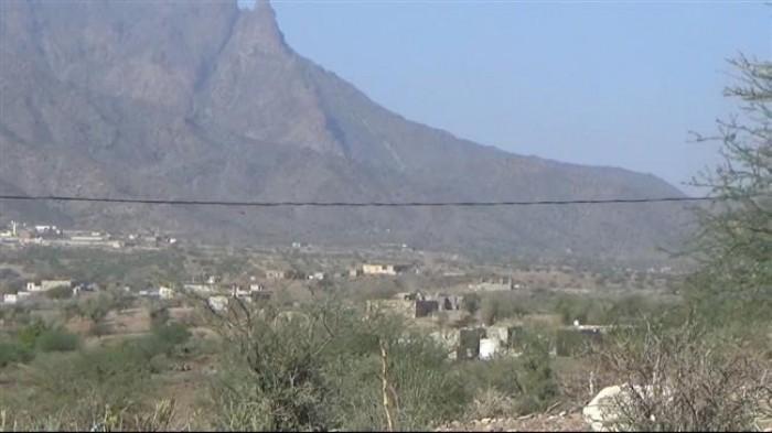 حشود ضخمة من الحوثيين تصل لمناطق محاذية بحجر