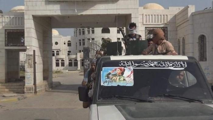 القوات الجنوبية تقطع إمدادات مليشيا الإخوان بين شبوة وأبين