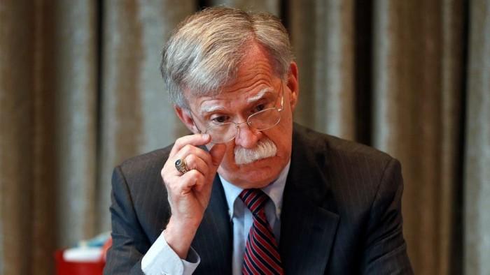 القرشي: بولتون كان سببًا في تدمير أفغانستان والعراق