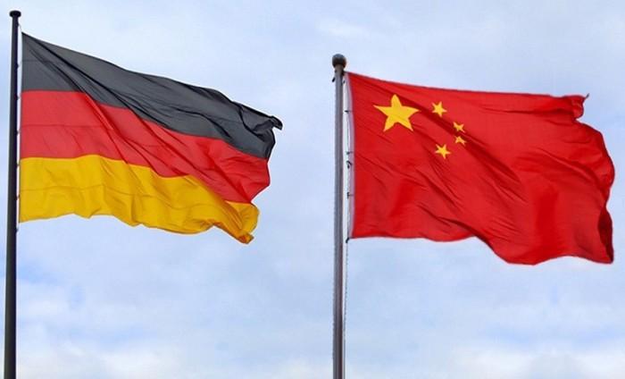الصين تستدعي السفير الألماني عقب اجتماع مع أحد نشطاء هونغ كونغ