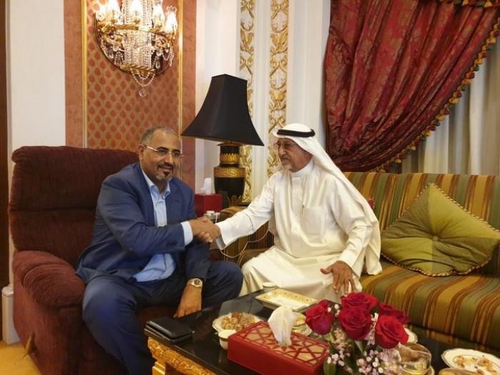 الزُبيدي يلتقي السلطان الذهب بن هرهره في جدة