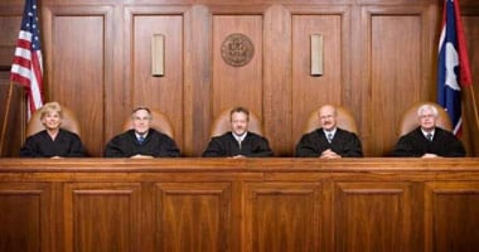 البيت الأبيض: راضون عن قرار المحكمة العليا الأمريكية المتعلق بحق اللجوء