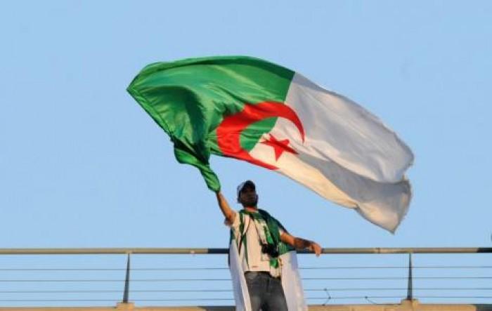 النواب الجزائري يوافق على مشروعي قانوني الانتخابات والسلطة المستقلة