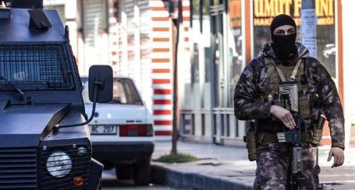 وفاة سبعة مدنيين في تركيا إثر انفجار قنبلة