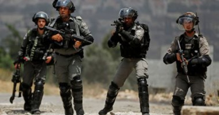 الاحتلال الإسرائيلي يعتقل شابين فلسطينيين من بيت لحم