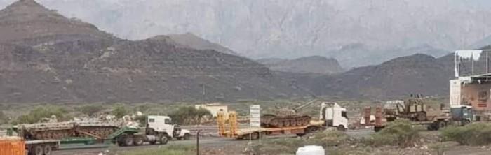 مليشيا الإخوان تواصل إرسال تعزيزات من شبوة إلى شقرة (صور)