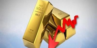 الذهب يتراجع عالمياً تزامنا مع مؤشرات ذوبان الجليد بين الصين وأمريكا في حربهما التجارية