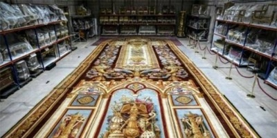"""سجادة """"لجوقة نوتردام"""" أحد كنوز الكاتدرائية التي تبرع بها الملك لوي فيليب"""