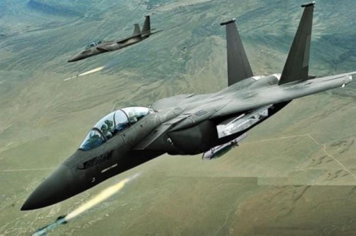 طيران التحالف يقصف مواقع المليشيات في حجة