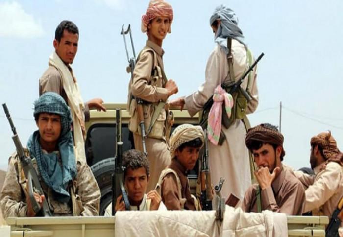 كاتب سعودي يُحرج الجزيرة بتساؤل ناري عن الحوثيين