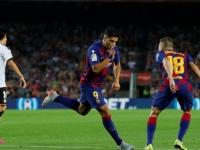 برشلونة يفوز على فالنسيا بخماسية في الدوري الإسباني