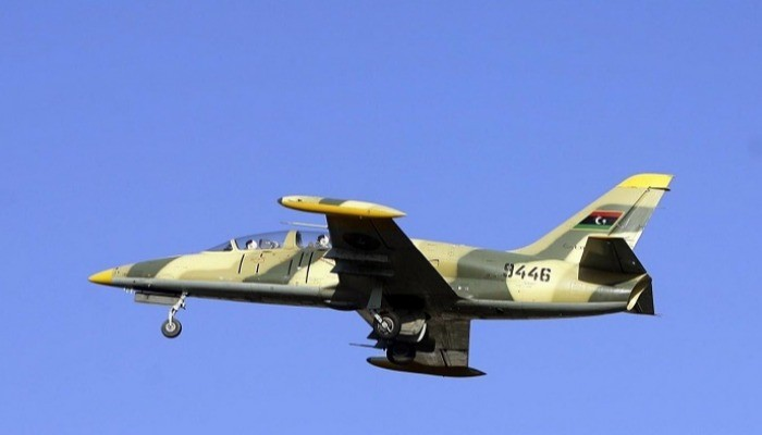 الجيش الوطني الليبي يستهدف مليشيات تركية بمطار معيتيقة