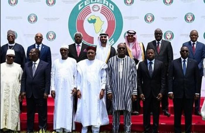 """""""إيكواس"""": زعماء غرب أفريقيا يتعهدون بتقديم مليار دولار لمكافحة الإرهاب"""