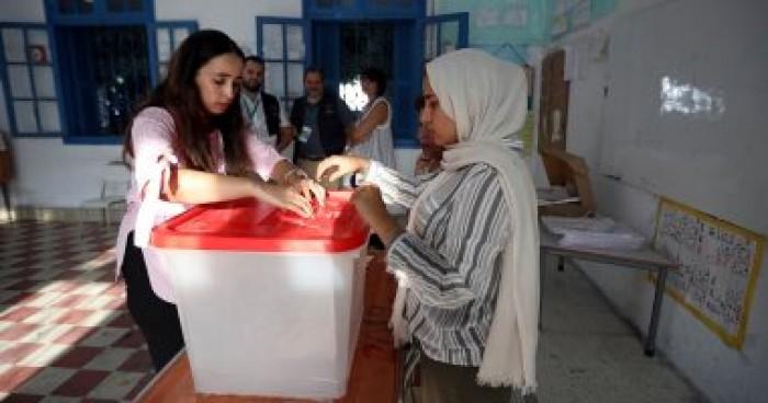 رئيس الهيئة العليا المستقلة للانتخابات التونسية يدعو الشباب للمشاركة الانتخابية