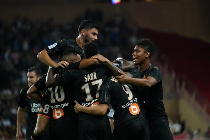 مارسيليا يقلب تأخره أمام موناكو إلى فوز 4 / 3 في الدوري الفرنسي