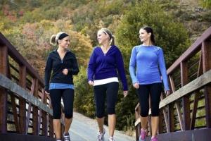 ممارسة الرياضة واليوجا وغيرها.. عوامل تُساعدك في التخلص من سرطان الثدي
