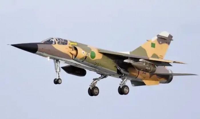 طيران الجيش الوطني الليبي يستهدف مواقع تابعة للمليشيا المدعومة من تركيا بسرت