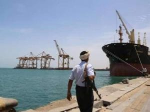 تعطيل الحوثي لسفن الوقود جزء صغير من إرهاب طهران بالمنطقة