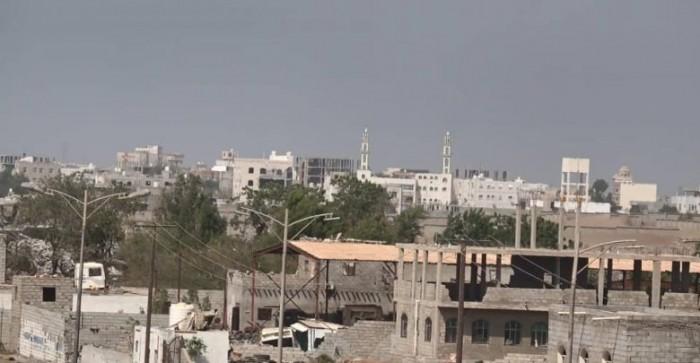 قصف حوثي مكثف على مواقع القوات المشتركة شرق الحديدة