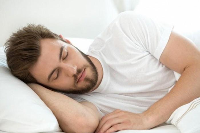 دراسة: القيلولة أثناء النهار تحمي من السكتة الدماغية والأزمة القلبية