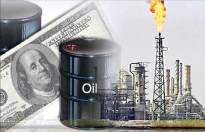 الدولار يرتفع عالميآ تزامنآ مع خفض توترات النفط