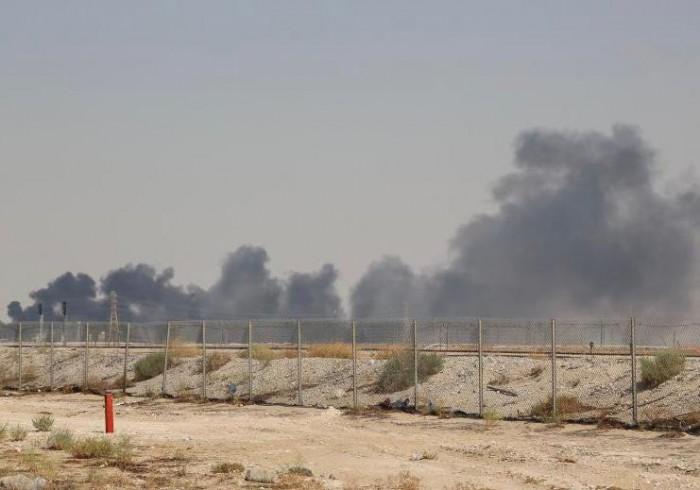 """هل برهن """"هجوم أرامكو"""" على سذاجة الحوثيين؟"""
