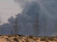 """قراءة """"المشهد العربي"""".. كيف تتأثر المليشيات الحوثية وحكومة الشرعية بهجوم أرامكو؟"""