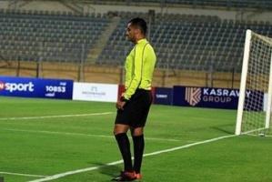 لجنة الحكام المصرية تقرر وقف الاستعانة بالحكم الخامس في الدوري الجديد