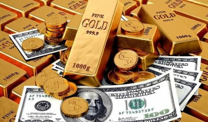 الذهب يرتفع بدعم انخفاض الدولار والتوترات السياسية بالمنطقة